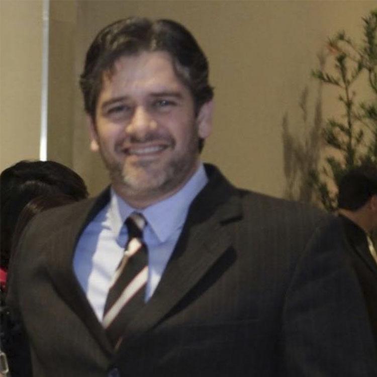 Tiago Battella - Diretor Executivo - LIVE MKT